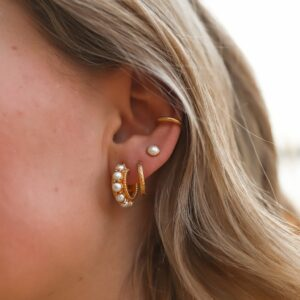 Chunky Pearl Hoops Fafe Collection